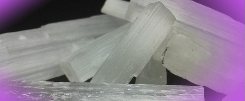 selenita-cristal-o-que-e-propriedades
